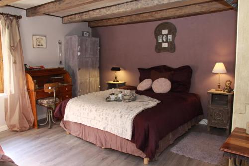 Le Doux Nid : Bed and Breakfast near Magnieu