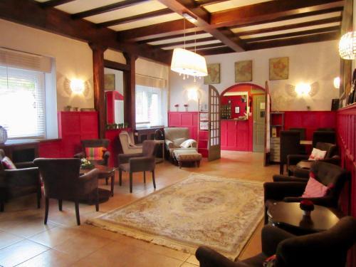 Hôtel des Causses : Hotel near Mostuéjouls