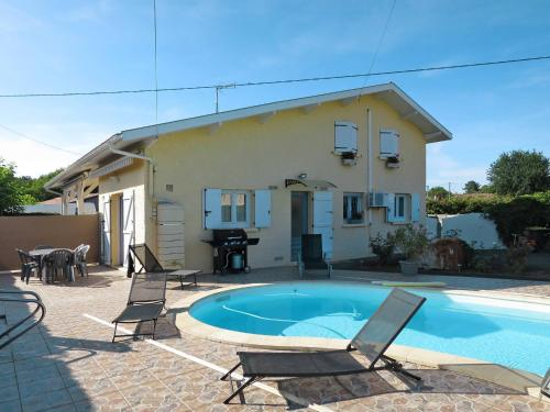 Ferienhaus mit Pool Lege - Cap Ferret 120S : Guest accommodation near Le Porge