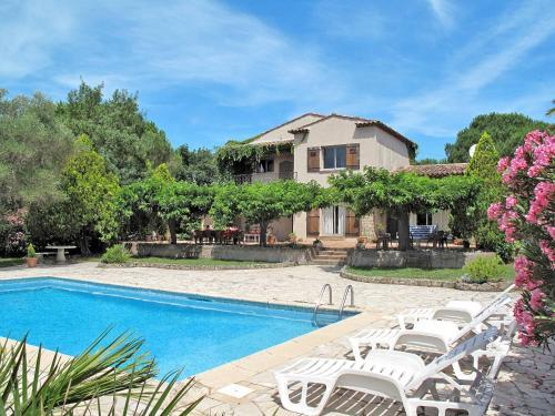 Ferienhaus mit Pool Grimaud 160S : Guest accommodation near Grimaud