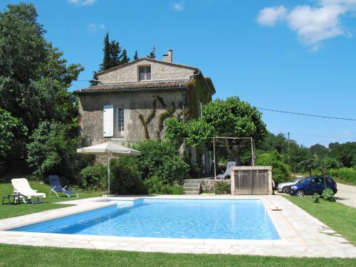 ;Maison Les Fouguières 120S : Guest accommodation near Carcès