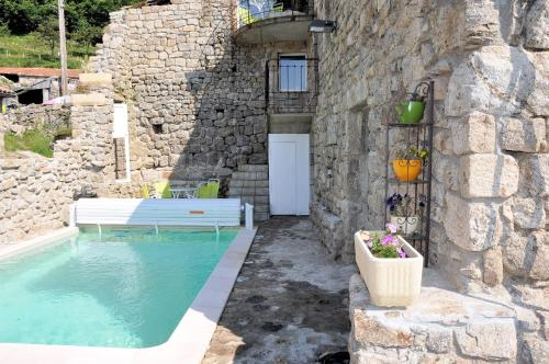 Holiday home Conchis : Guest accommodation near Saint-Étienne-de-Boulogne