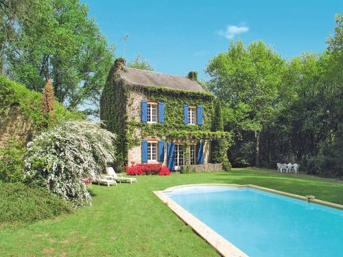 Ferienhaus Lepinas 100S : Guest accommodation near Saint-Dizier-Leyrenne