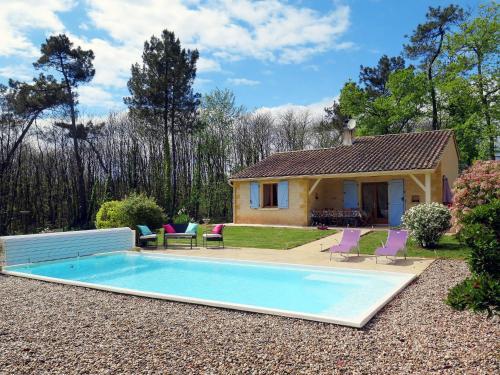 Ferienhaus mit Pool Blanquefort s. Briolance 302S : Guest accommodation near Soulaures