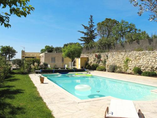 Ferienhaus Saint Cannat 110S : Guest accommodation near Saint-Cannat