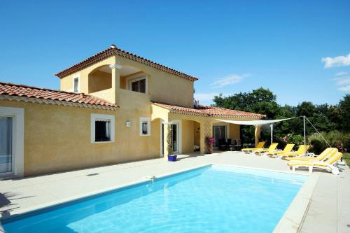 Ferienhaus mit Pool Arpaeillargues 110S : Guest accommodation near Collorgues