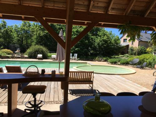 La Villa des Pins : Guest accommodation near Peyreleau