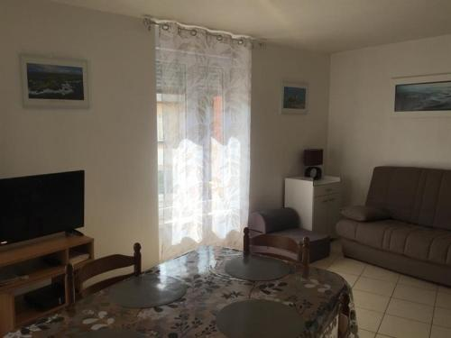 Apartment Dans le centre de saint pair sur mer appartement dans residence : Apartment near Saint-Pair-sur-Mer
