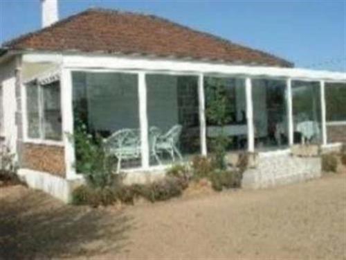 House Kairon plage maison de plain pied avec jardin dans un endroit calme : Guest accommodation near Saint-Pierre-Langers
