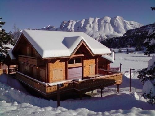 House Les chalets d' eden : Guest accommodation near Saint-Disdier