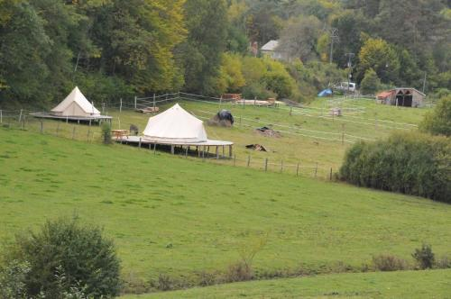 Air de Camping - Chemin de Traverse : Guest accommodation near Fraignot-et-Vesvrotte