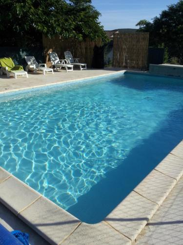 Domaine en Terre Happy : Guest accommodation near Orgnac-l'Aven