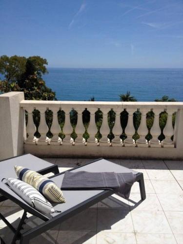 Villa Roquebrune 8 personnes Acces Plage : Guest accommodation near Gorbio