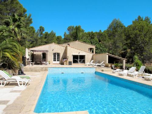 Ferienhaus mit Pool Pignans 100S : Guest accommodation near Besse-sur-Issole