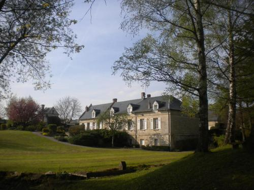Le Moulin De Laval : Bed and Breakfast near Leuilly-sous-Coucy