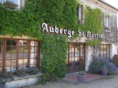 Auberge Saint Martin : Hotel near Saint-Gatien-des-Bois