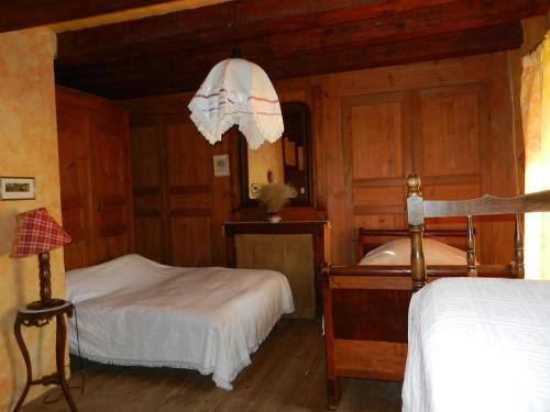 Auberge Paysanne : Guest accommodation near Julianges