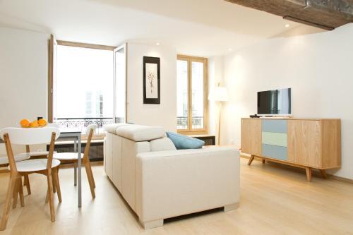 Private Apartment - Mabillon - St. Germain : Apartment near Paris 6e Arrondissement
