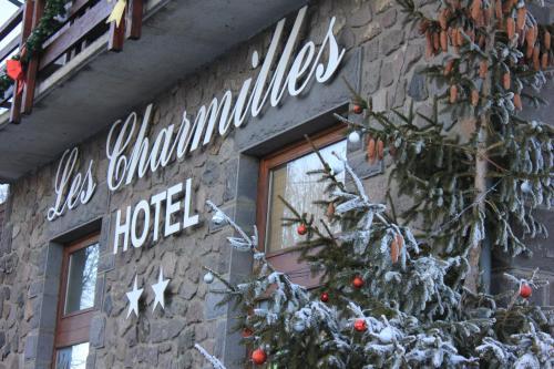 Hôtel Les Charmilles : Hotel near Ardes