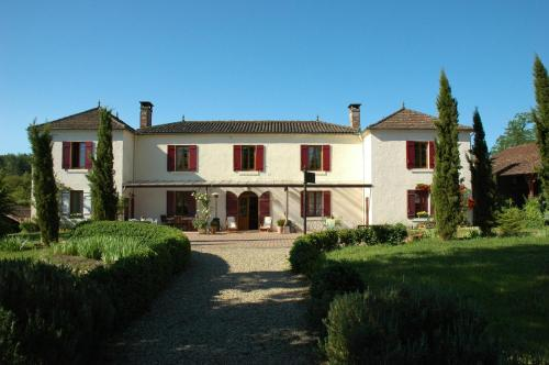 La Palombiere : Bed and Breakfast near Belhade