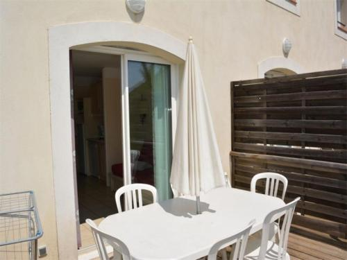 House Grospierres - 6 pers, 39 m2, 3/2 : Guest accommodation near Bessas