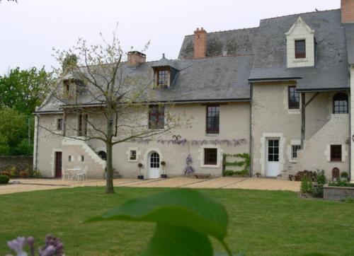 Le Logis du Pressoir : Bed and Breakfast near Saint-Jean-de-la-Croix