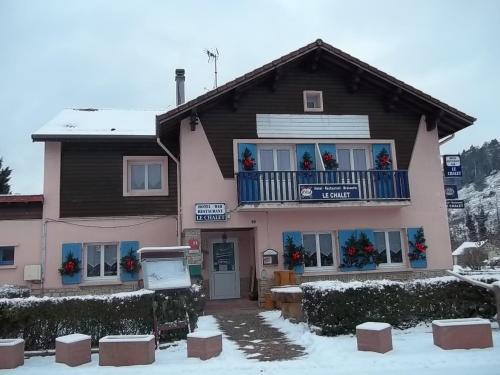 Hotel Restaurant Le Chalet : Hotel near Raon-sur-Plaine