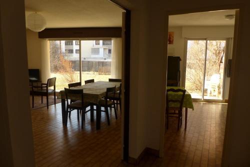 Appartement 6/7 personnes : Apartment near Saint-Apollinaire