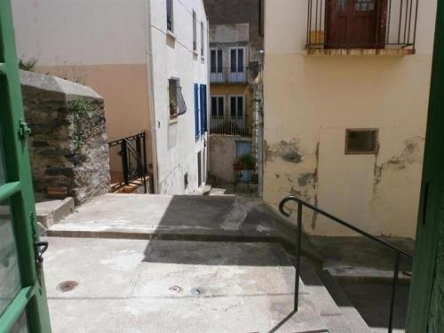 Apartment Appartement type studio, dans rue piétonne, proche centre ville et plage : Apartment near Banyuls-sur-Mer