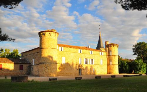 Château de Jonquières - Hérault : Bed and Breakfast near Saint-Guiraud