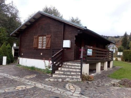 House Agreable chalet a proximite du lac chambon : Guest accommodation near Chambon-sur-Lac