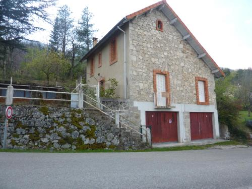 Concoules : Guest accommodation near Vialas