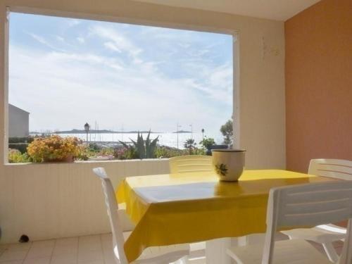 Apartment Cap marine : Apartment near Six-Fours-les-Plages