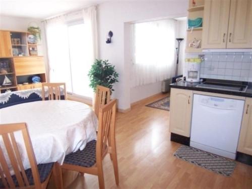 Apartment Residence avec piscine : Apartment near La Teste-de-Buch