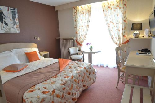 Citotel Le Logis De Brou : Hotel near Revonnas