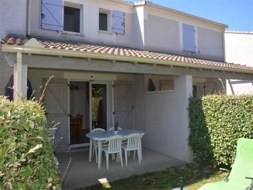 House Vallon pont d arc - 6 pers, 50 m2, 3/2 : Guest accommodation near Vallon-Pont-d'Arc