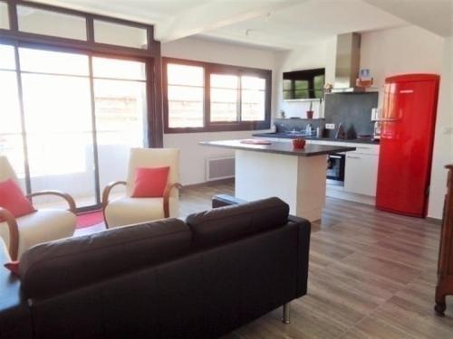 Apartment Très bel appartement t2 neuf avec aperçu mer : Apartment near Arcachon