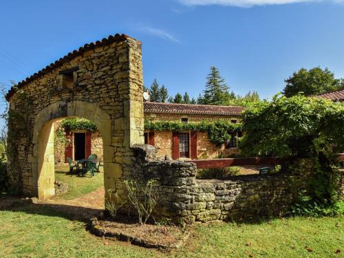 Maison De Vacances - Loubejac 12 : Guest accommodation near Lavaur