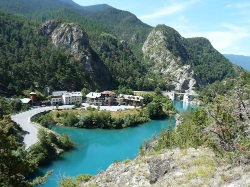 Appartement du lac : Apartment near Ceillac