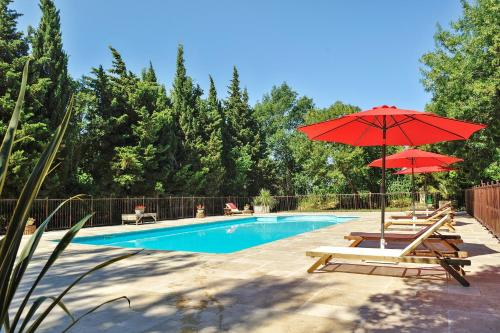 Holiday home Chemin des Ferigoules - 3 : Guest accommodation near Grans
