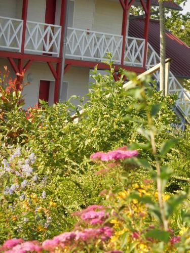Fasthotel Montmarault : Hotel near Beaune-d'Allier