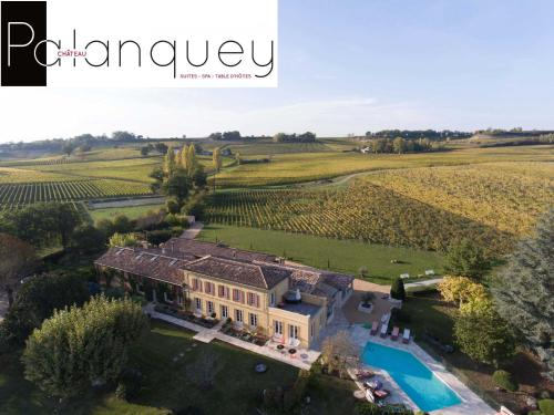 Chateau du Palanquey : Bed and Breakfast near Sainte-Colombe