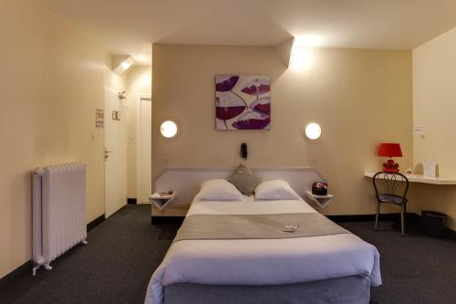 Brit Hotel Suisse et Bordeaux - Centre Gare : Hotel near Grenoble