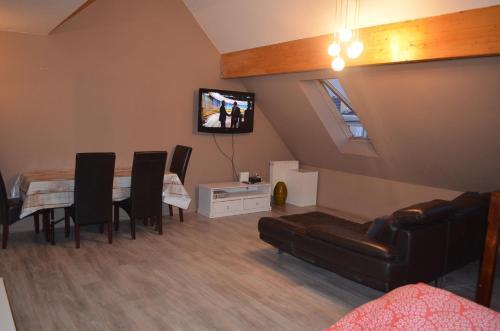 Appartement 3 pièces : Apartment near Rainneville