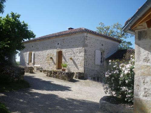 Chambres d'Hôtes Coulou : Bed and Breakfast near Fargues