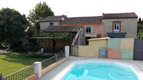 Mas de la Restanque : Guest accommodation near Sarrians