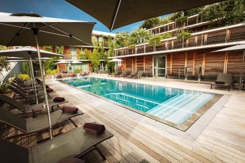 Courtyard by Marriott Montpellier : Hotel near Lattes