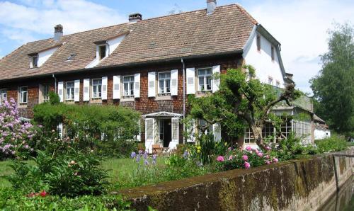 Hôtel-Résidence La Rubanerie : Hotel near Waldersbach