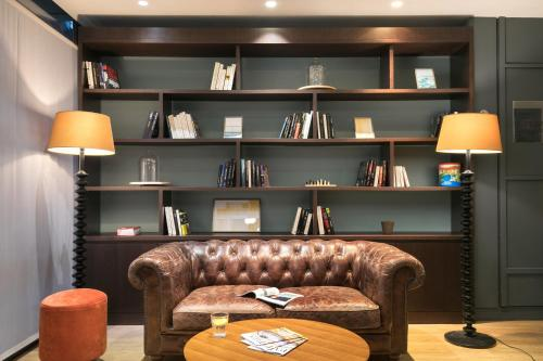 Quality Hotel & Suites Bercy Bibliothèque by HappyCulture : Hotel near Ivry-sur-Seine