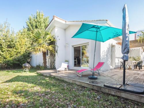Welkeys Villa - Tournon : Guest accommodation near La Teste-de-Buch